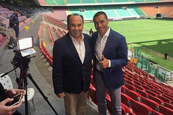 With former Colombia & Inter defender Iván Córdoba.